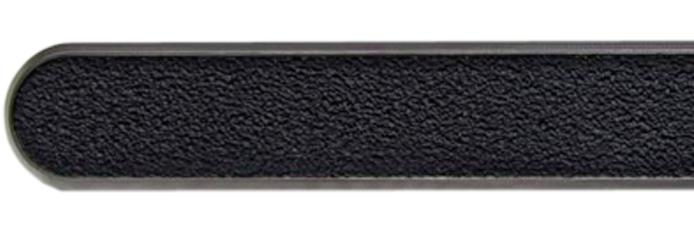 Linien aus Edelstahl mit Farbfüllung aus abrasiven Klebeband
